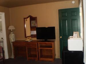 Classic Inn Motel, Motel  Alamogordo - big - 10