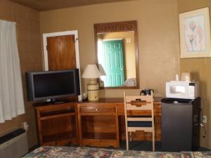 Classic Inn Motel, Motel  Alamogordo - big - 8