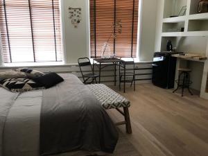 bednextdoor, Apartmány  Middelburg - big - 11