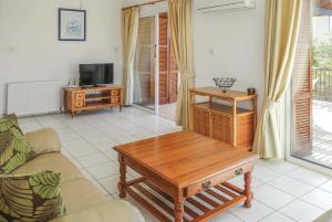 Villa Ellison, Holiday homes  Coral Bay - big - 10