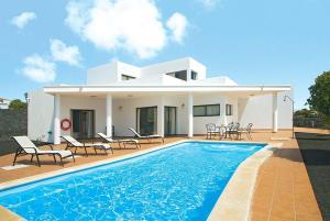 Villa Blanca 30, Vily  Playa Blanca - big - 1