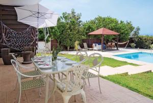 Villa Georgiou, Vily  Coral Bay - big - 20