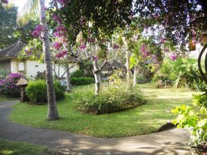 Bali Lovina Beach Cottages, Hotel  Lovina - big - 8