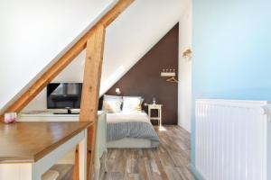 Les Gîtes d'Emilie, Apartments  Melesse - big - 1