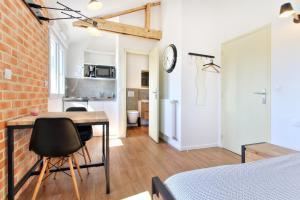 Les Gîtes d'Emilie, Apartments  Melesse - big - 27