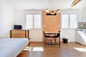 Les Gîtes d'Emilie, Apartmány  Melesse - big - 25
