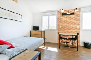 Les Gîtes d'Emilie, Apartments  Melesse - big - 24