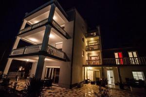Mara 9, Holiday homes  Crikvenica - big - 8