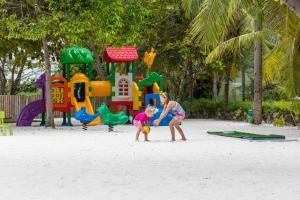 Bandos Maldives, Resort  Città di Malé - big - 78
