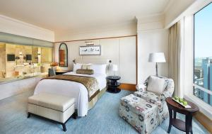 Club King or Twin Room with Lounge Access