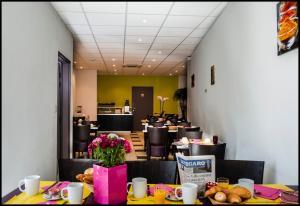 Appart'hôtel - Résidence la Closeraie, Residence  Lourdes - big - 52