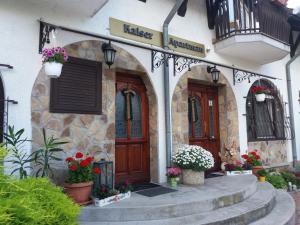 Kaiser Apartman, Ferienwohnungen  Hévíz - big - 29