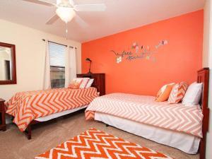Nine-Bedroom Villa