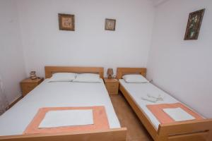 Apartments Jovanovic, Apartments  Kotor - big - 10