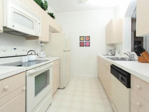 Windsor Palms Two Bedroom Apartment S5G, Nyaralók  Kissimmee - big - 15