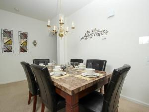 Windsor Palms Four Bedroom Pool House H3H, Villas  Kissimmee - big - 14