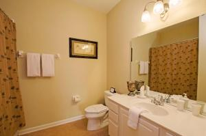 Vista Apartment Three Bedroom Apartment 3G6, Apartments  Orlando - big - 12