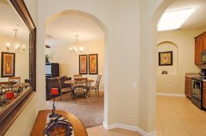 Vista Apartment Two Bedroom Apartment H7U, Apartments  Orlando - big - 2