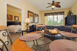 Vista Apartment Two Bedroom Apartment H7U, Apartments  Orlando - big - 17