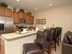 Paradise Palms Four Bedroom House 4023, Holiday homes  Kissimmee - big - 3