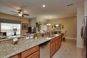 Paradise Palms Four Bedroom House 250, Nyaralók  Kissimmee - big - 17