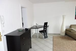 Tolstov-Hotels Old Town Apartment, Apartmanok  Düsseldorf - big - 25