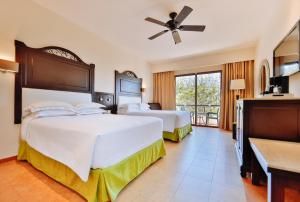 Deluxe Double Room (3 Adults)