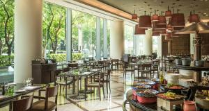 Four Seasons Shanghai Hotel at Puxi (26 of 65)