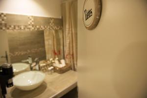 Altera Roma Hôtel, Hotely  Avignon - big - 66