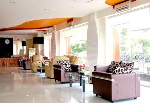 Hotel Jolin, Hotely  Makassar - big - 21