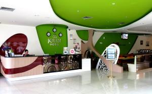 Hotel Jolin, Hotely  Makassar - big - 22