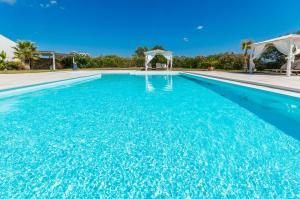 Villa bianca, Vily  Arzachena - big - 7