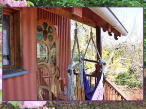 Casa na Árvore com Banheira de Hidromassagem