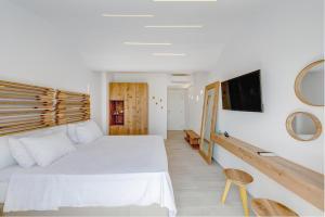 Makis Place, Residence  Tourlos - big - 31