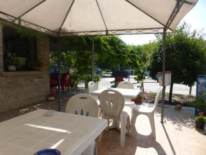 Al Casolare, Hotels  Corinaldo - big - 27