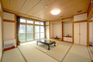 Condominium Panoramique Motomachi, Apartments  Hakodate - big - 10
