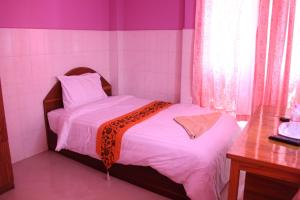 Capitol 3 Guesthouse, Гостевые дома  Пномпень - big - 9