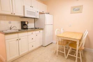 321 - Island Inn, Appartamenti  Port Richey - big - 4