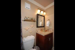 Shoreline 1104 Condo Condo, Apartments  Destin - big - 17