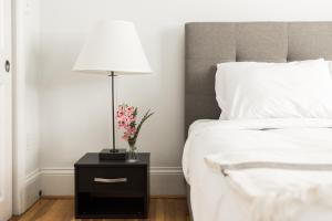 One-Bedroom on Warrenton Street Apt 16, Apartments  Boston - big - 12