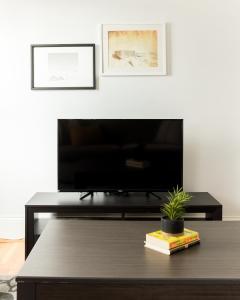 One-Bedroom on Warrenton Street Apt 16, Apartments  Boston - big - 6
