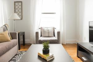 One-Bedroom on Warrenton Street Apt 16, Apartments  Boston - big - 19