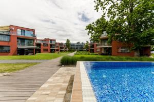 BalatonBee Apartman, Appartamenti  Balatonlelle - big - 1