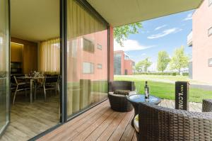 BalatonBee Apartman, Appartamenti  Balatonlelle - big - 2