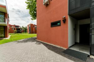 BalatonBee Apartman, Appartamenti  Balatonlelle - big - 16