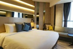 The Optimum Floor - Premier Plus Queen or Twin Room