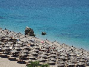Ionian View, Apartments  Himare - big - 15