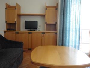 Ferienwohnung Rogatsch, Apartments  Sankt Kanzian - big - 8