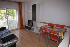 Costa Dorada Apartments, Apartments  Salou - big - 73