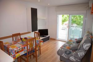 Costa Dorada Apartments, Apartments  Salou - big - 12